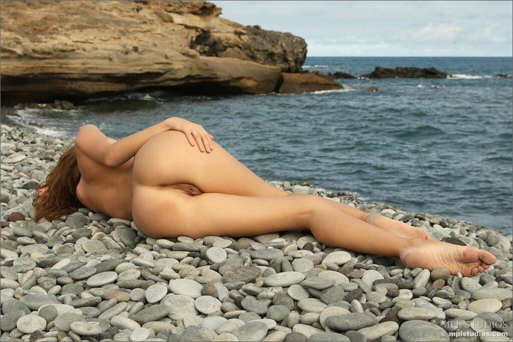 Fotos de vistas deliciosas de mulheres nuas